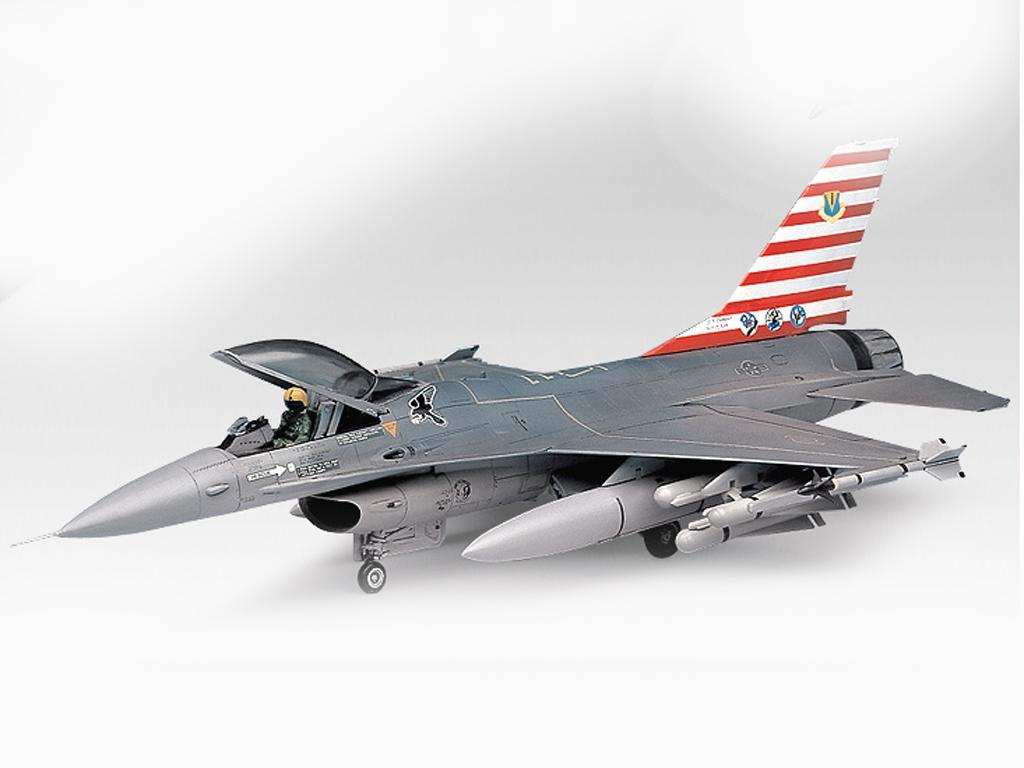 F-16A/C Fighting Falcon  (Vista 2)