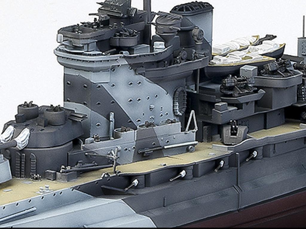 H.M.S, Warspite Queen Elizabeth  (Vista 6)