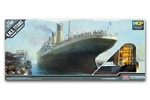 R.M.S Titanic   (Vista 1)