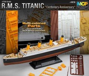 R.M.S Titanic   (Vista 2)