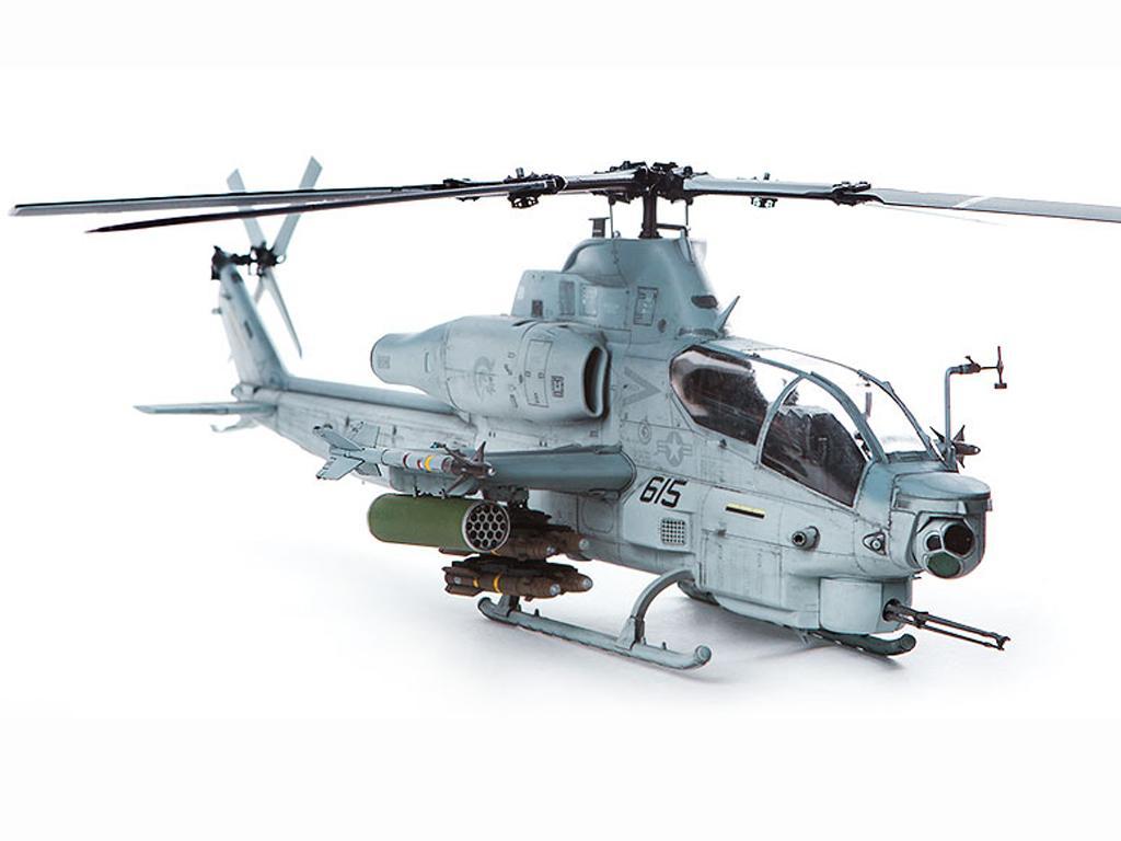 USMC AH-1Z  (Vista 6)