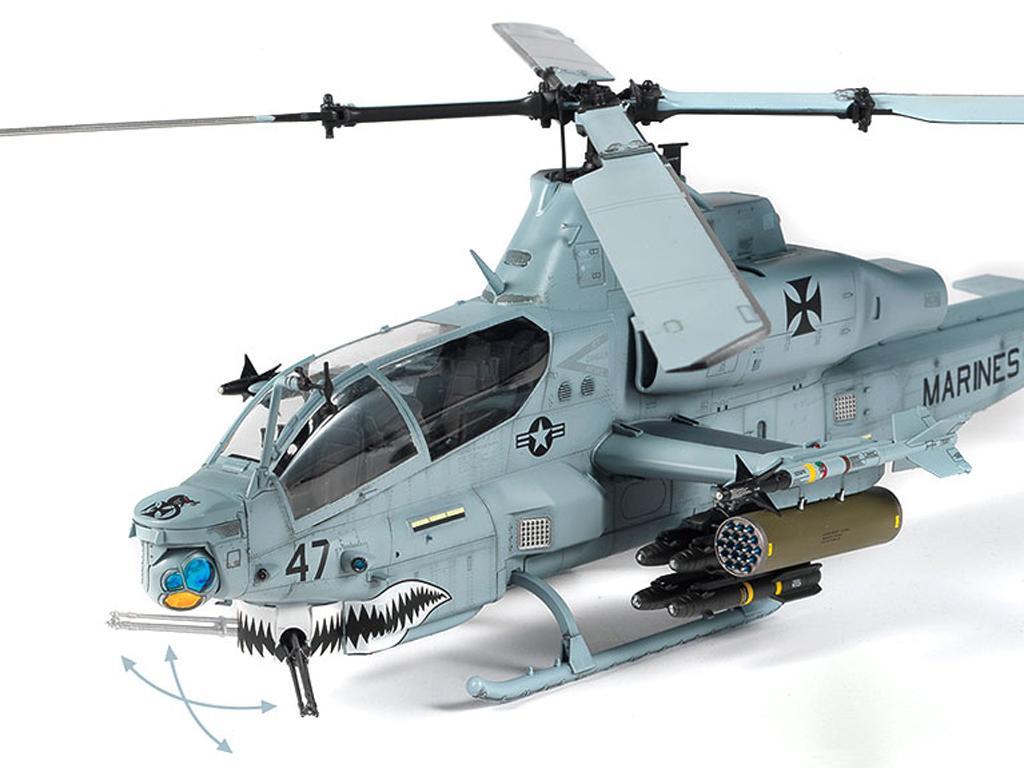 USMC AH-1Z  (Vista 9)