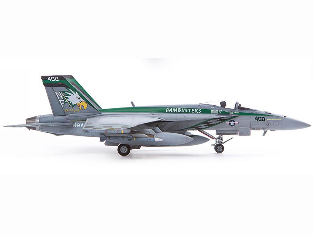 USN F/A-18E VFA-195  (Vista 7)