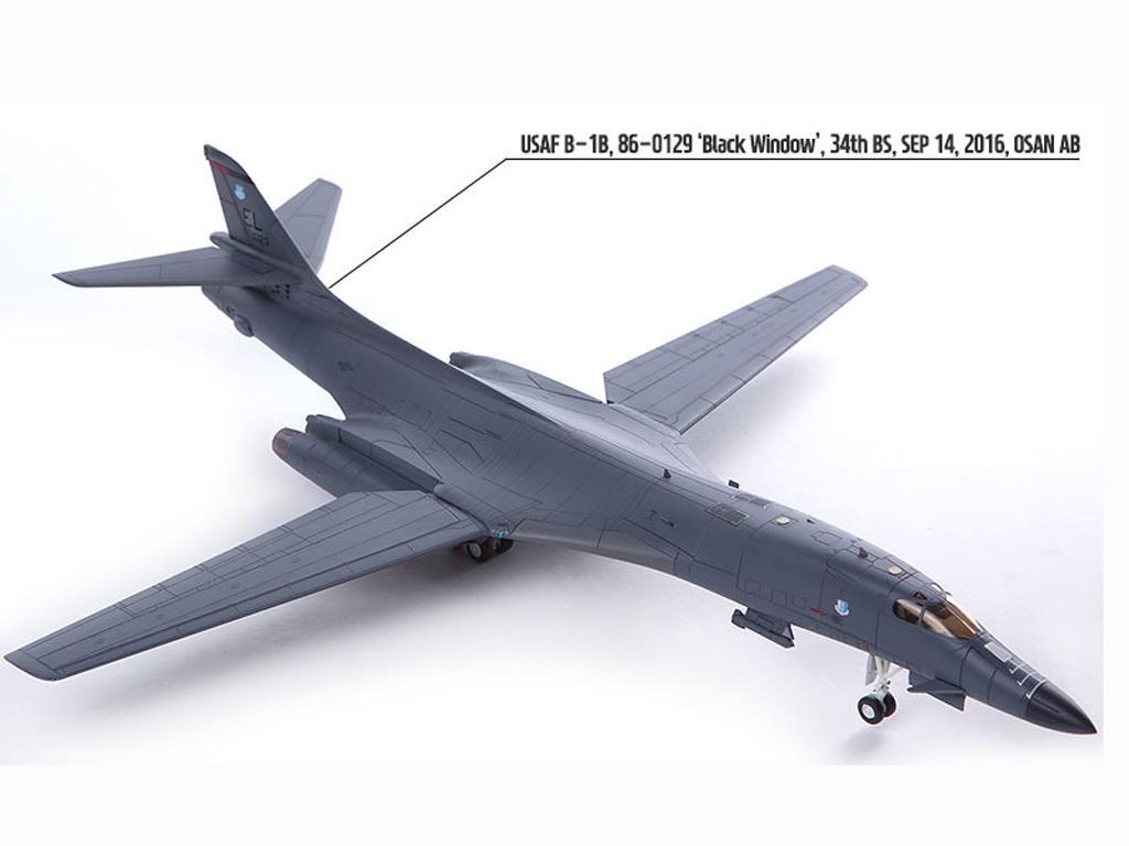 USAF B-1B 34th BS Thunderbirds (Vista 5)