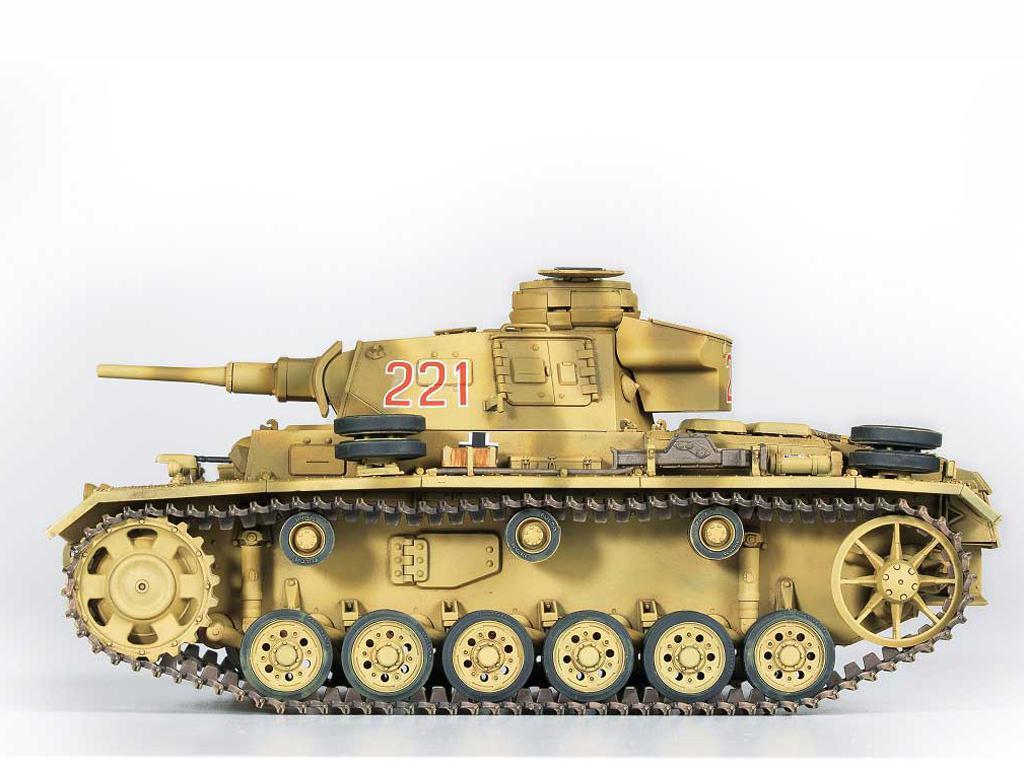 Panzer III Ausf.J  (Vista 6)