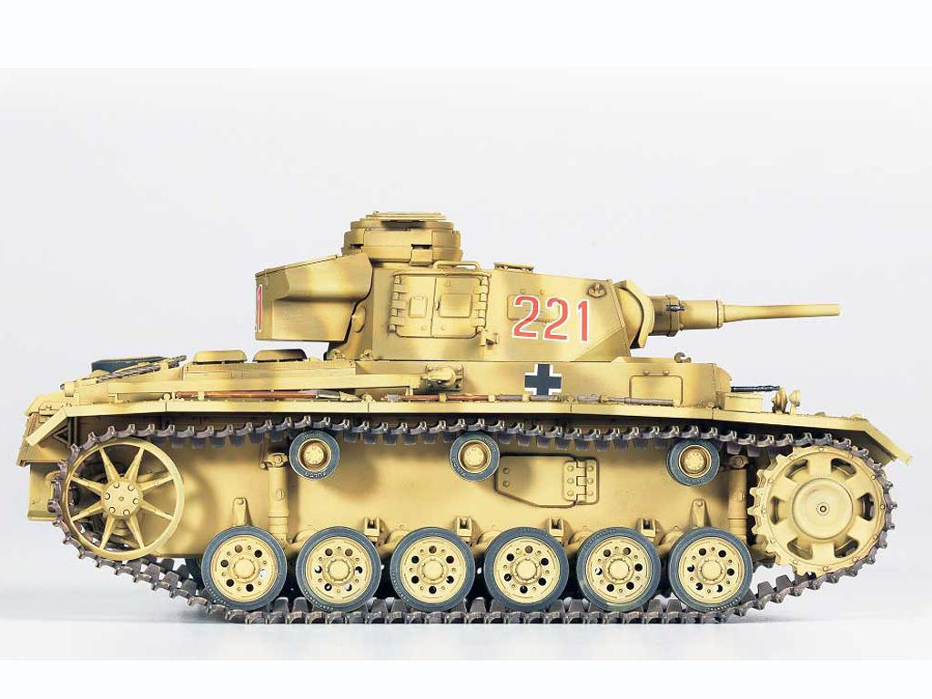 Panzer III Ausf.J  (Vista 7)