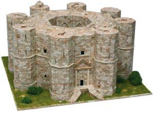 Castel del Monte-Andria - Italia - S. XI  (Vista 2)
