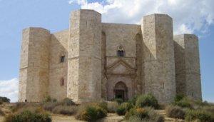 Castel del Monte-Andria - Italia - S. XI  (Vista 3)