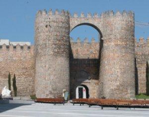 Puerta del Alcázar-Ávila - España - S. X  (Vista 3)