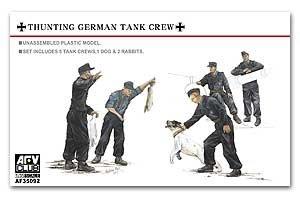 Hunting German Tank Crew-5 Figures w/dog  (Vista 1)