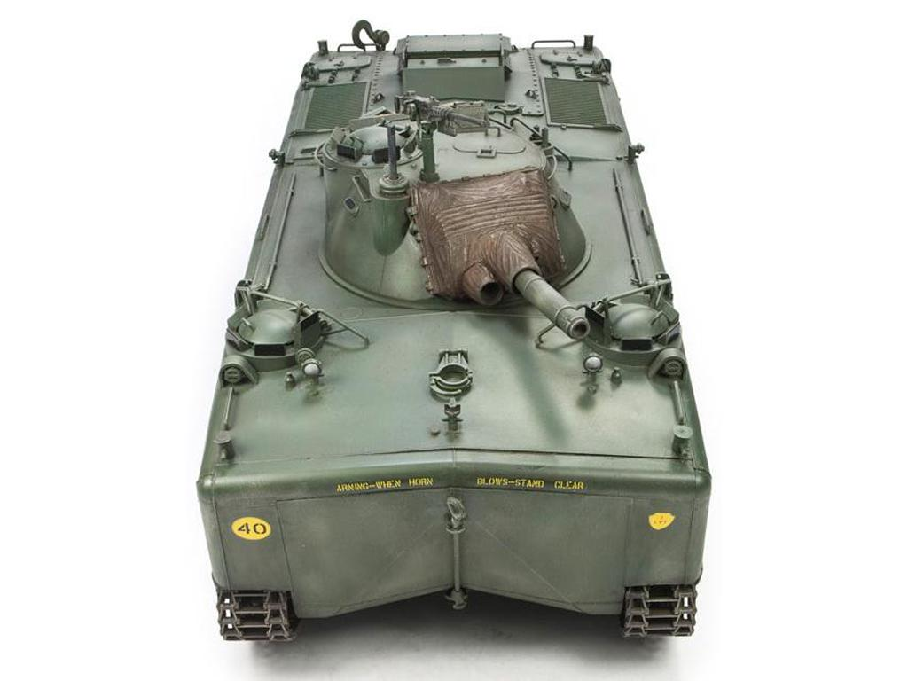 Ecomodelismo  LVTH6A1 Fire Support Veh w105mm Howitzer