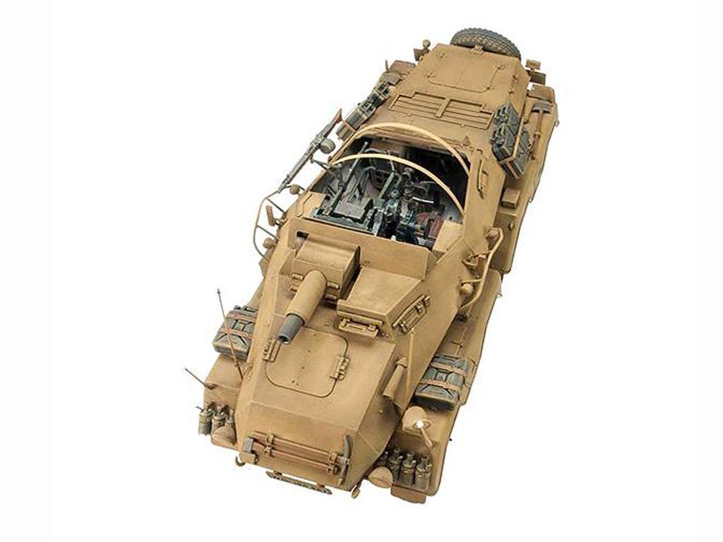 PanzerFunkwagen SD.KFZ.233 8-RAD W/7.5CM (Vista 2)