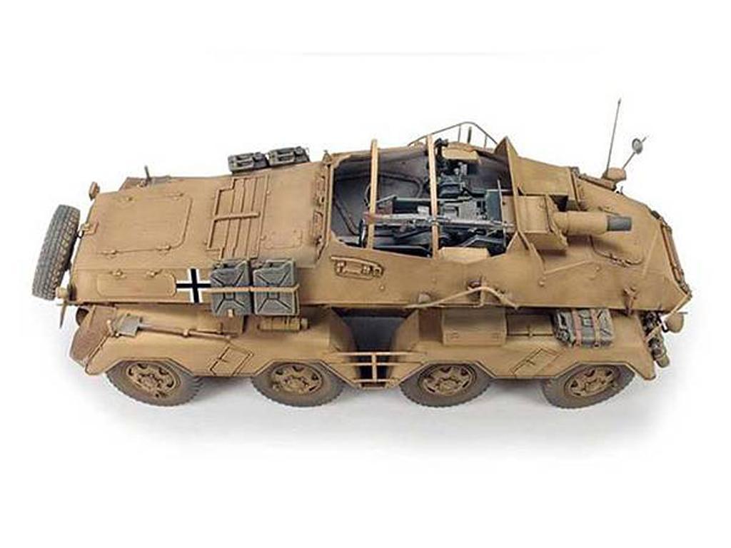 PanzerFunkwagen SD.KFZ.233 8-RAD W/7.5CM (Vista 4)