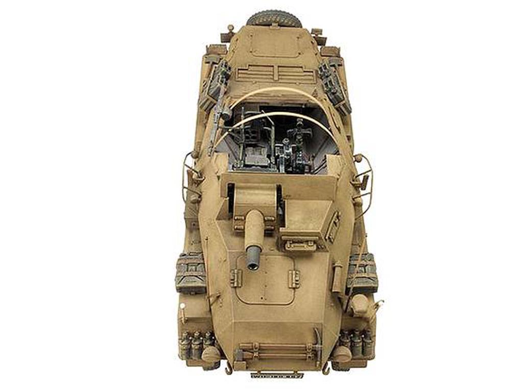 PanzerFunkwagen SD.KFZ.233 8-RAD W/7.5CM (Vista 7)