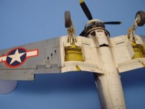 F4U CORSAIR wheel bay - TAMIYA