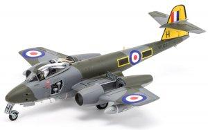 Gloster Meteor F8  (Vista 2)