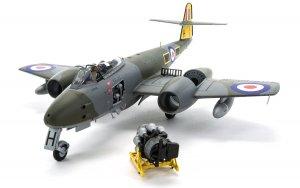 Gloster Meteor F8  (Vista 4)