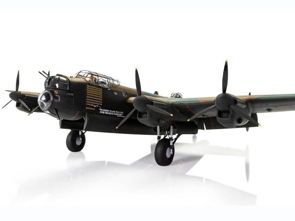 Avro Lancaster B.III (Vista 6)