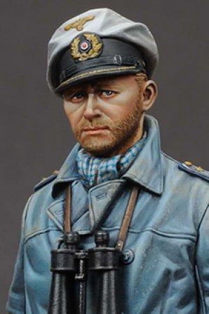 German U-Boat Captain  (Vista 6)