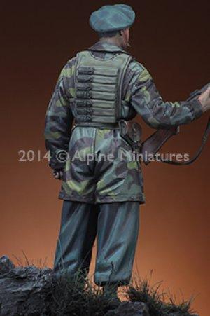 Italian Paratrooper   (Vista 5)