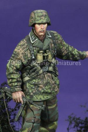 12 SS HJ Grenadier NCO  (Vista 5)