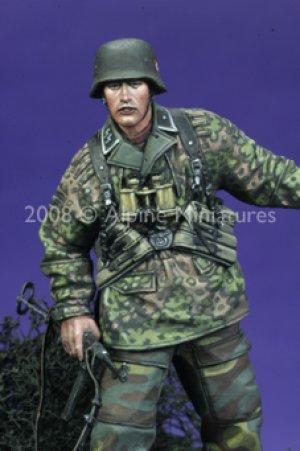 12 SS HJ Grenadier NCO  (Vista 6)