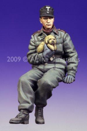 Tanquista Aleman con perrito  (Vista 3)