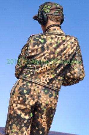 WSS Panzer Commander #2  (Vista 4)