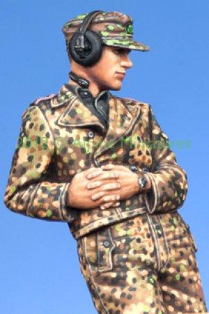 WSS Panzer Commander #2  (Vista 5)