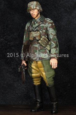 German Grenadier Officer  (Vista 2)