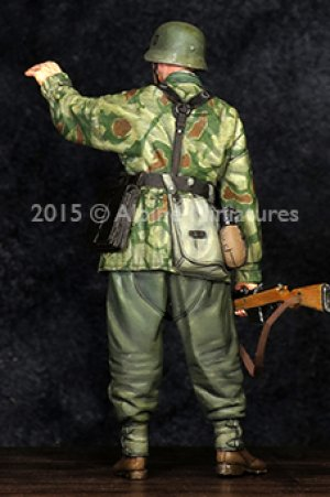 German Grenadier NCO  (Vista 4)