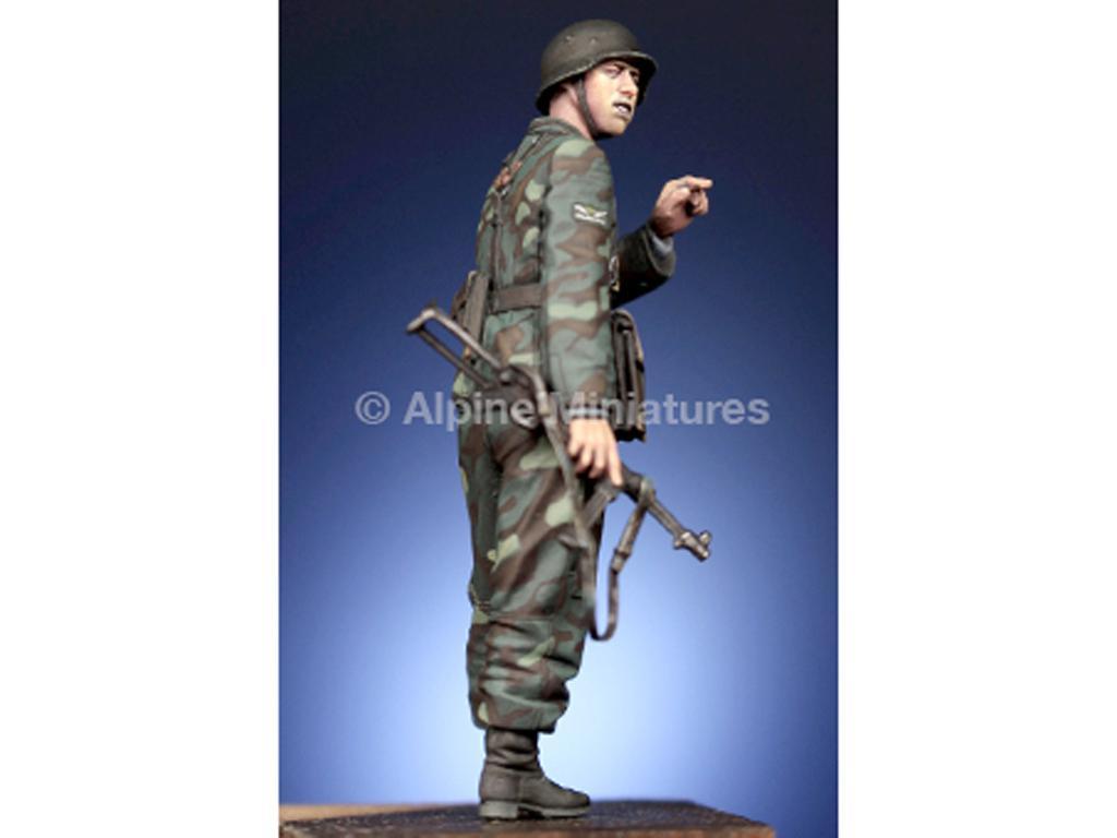 WSS Grenadier Officer