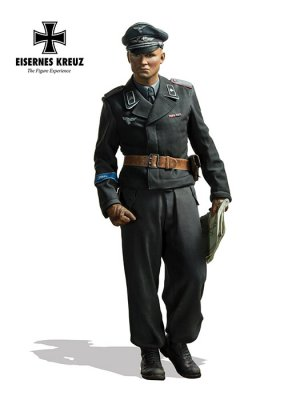 Herman Göring Panzer Leutnant, 1943  (Vista 1)