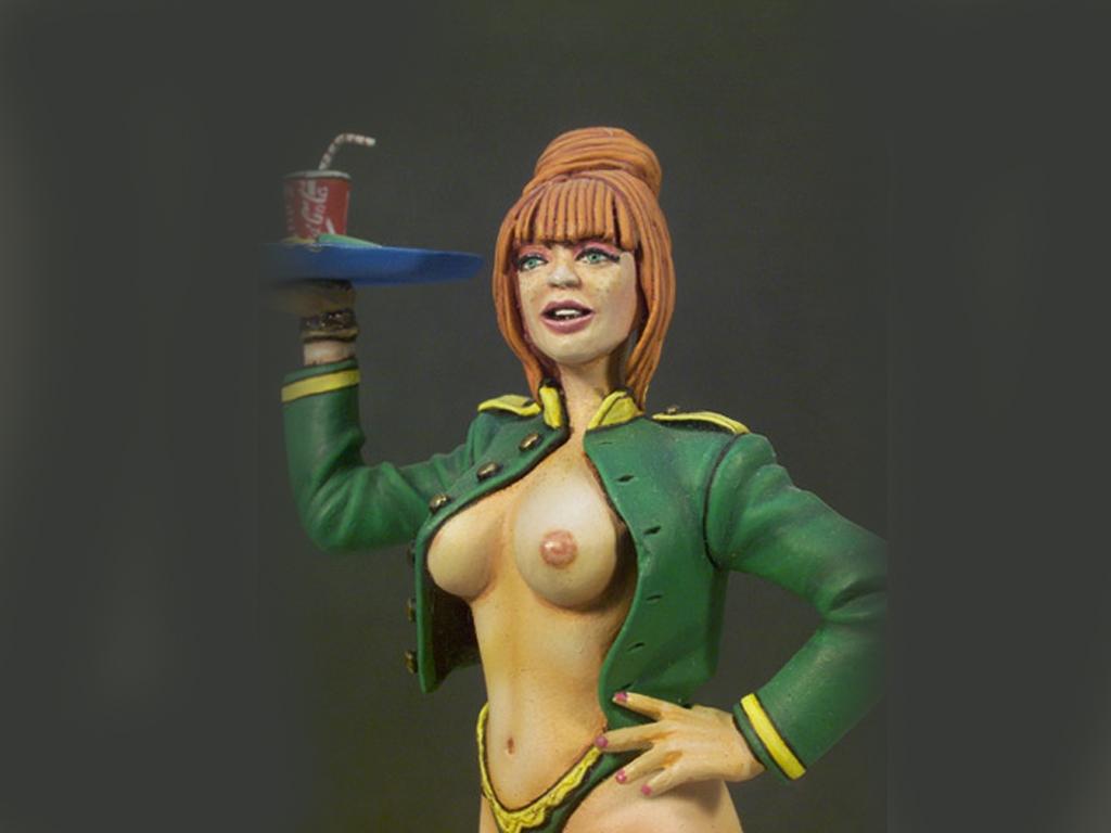 Camarera  (Vista 4)