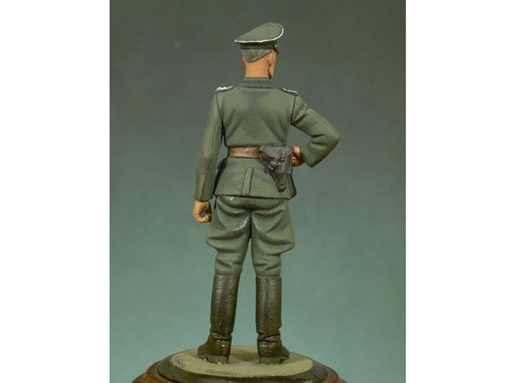 Oficial Alemán  (Vista 3)