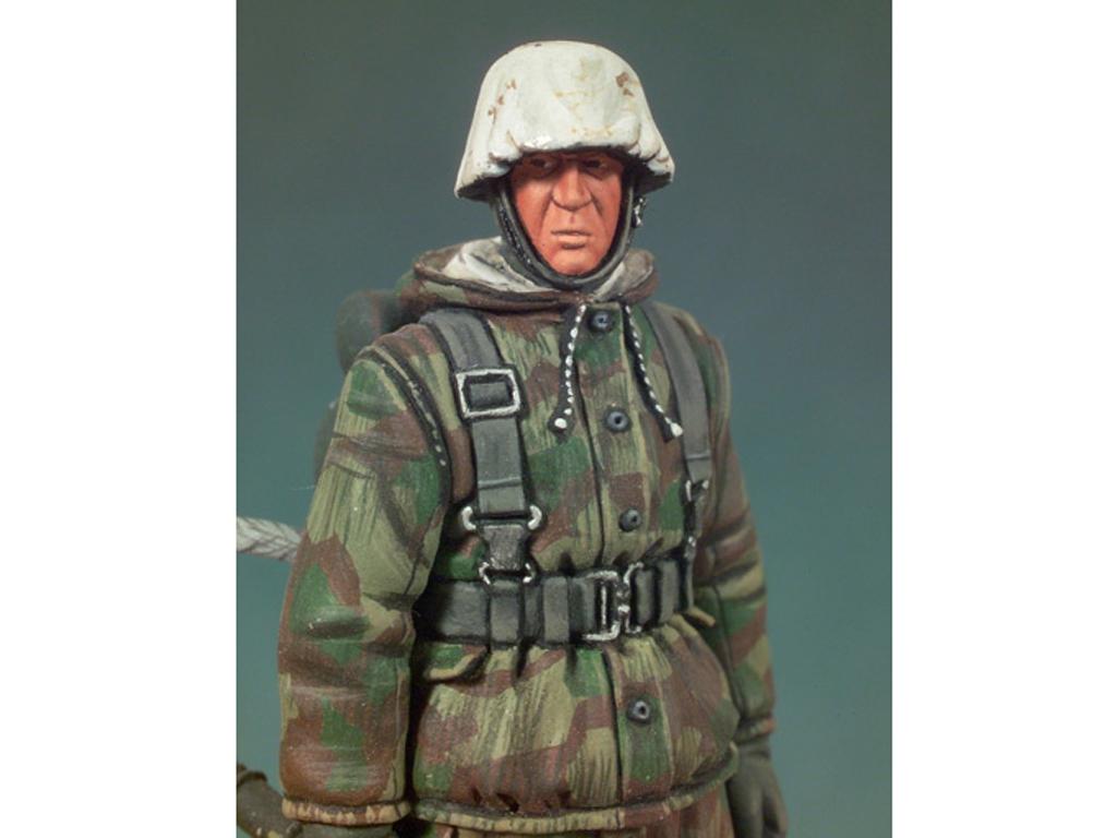 Soldado Alemán con lanzallamas  (Vista 4)