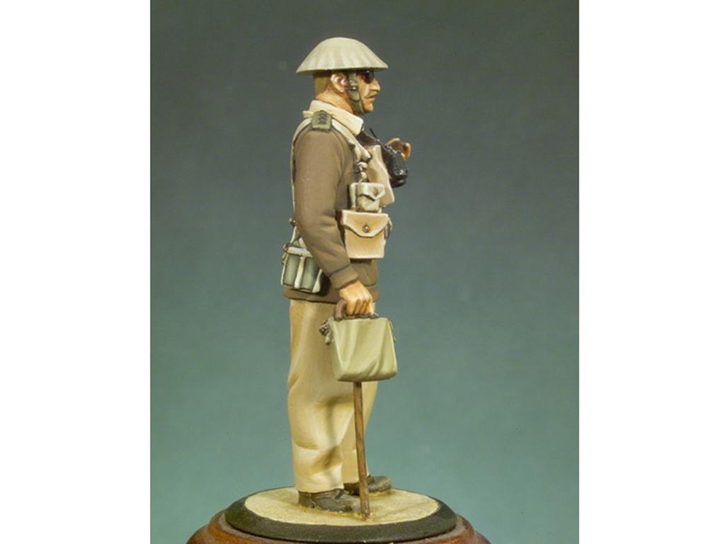 Capitán Inglés. Libia, 1940  (Vista 2)