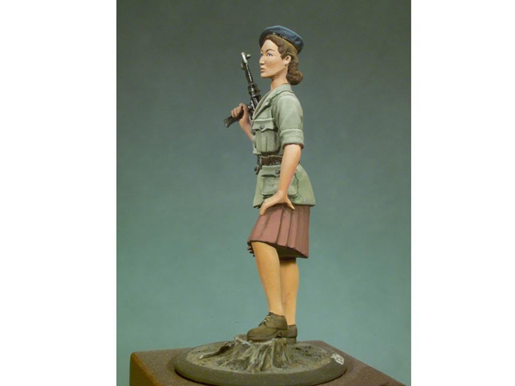 Mujer resistencia Francesa 1944  (Vista 3)