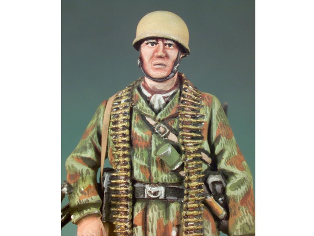 Paracaidista Alemán. Italia, 1943  (Vista 4)