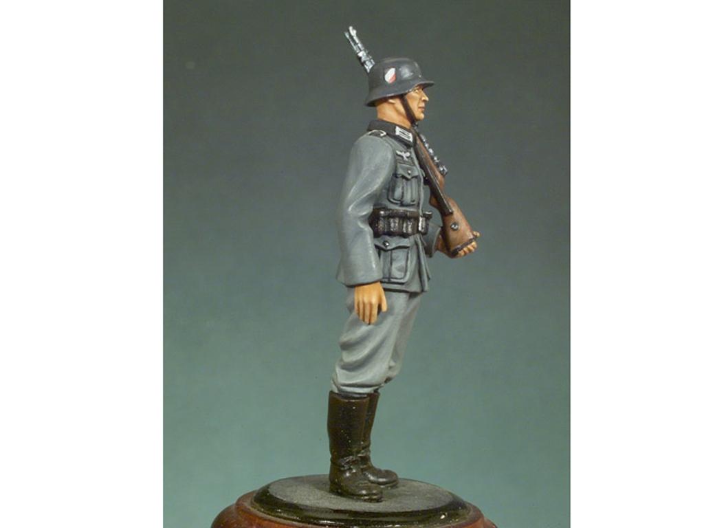 Soldado Alemán 1941  (Vista 2)