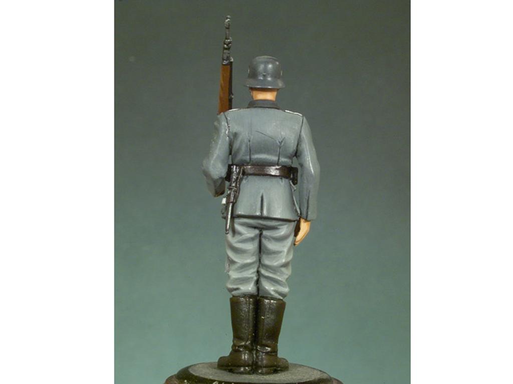 Soldado Alemán 1941  (Vista 3)