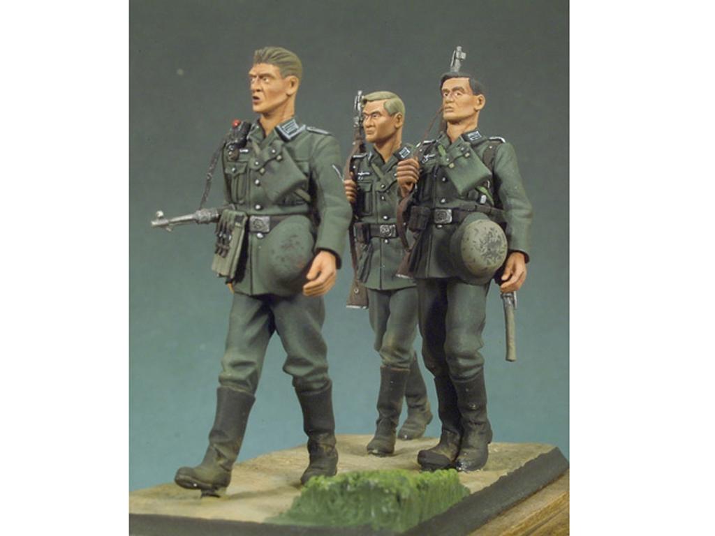 Infantería Alemana andando I  (Vista 2)