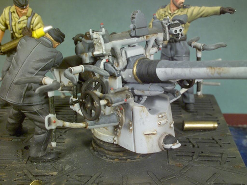 Cañon cubierta U-Boat VIIC y tripulacií  (Vista 2)