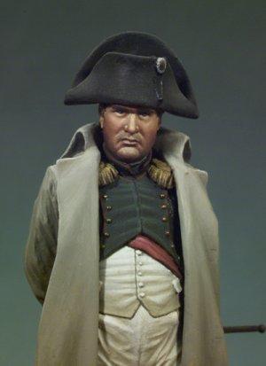 Napoleón I con abrigo  (Vista 2)