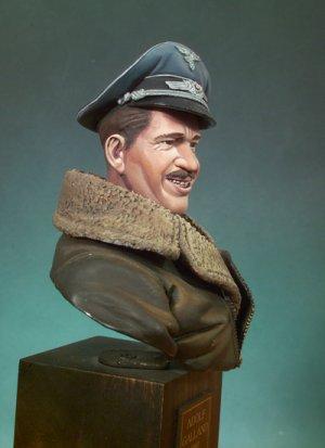 Adolf Galland  (Vista 4)