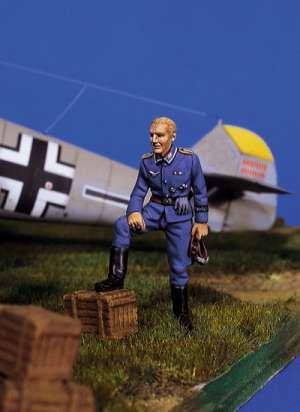Piloto alemán en descanso I  (Vista 1)