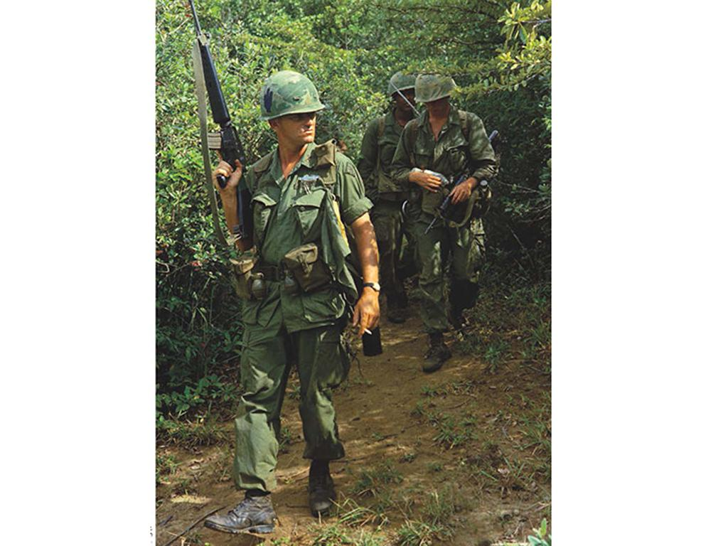Hook Up!. US Paratroopers from the Vietnam War to the Cold War (Vista 6)