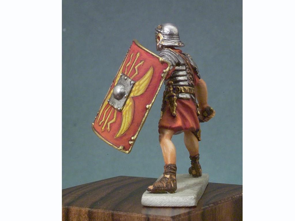 Soldado romano en batalla (Vista 3)