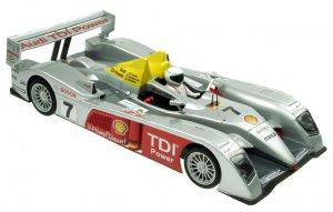 Audi R10 tercero en Le Mans 2006  (Vista 1)