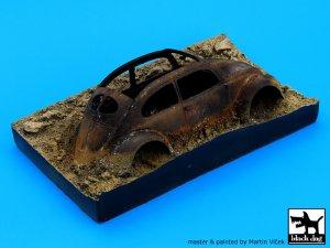 Destroyed german car Afrika base  (Vista 2)